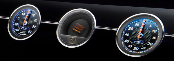 continental-gt-number-9-front-interior-console-wood--close-up-1920x670
